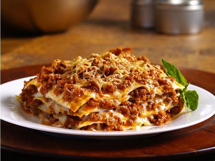 lasagna de carne 4 quesos